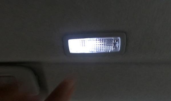 LEDのルームランプ