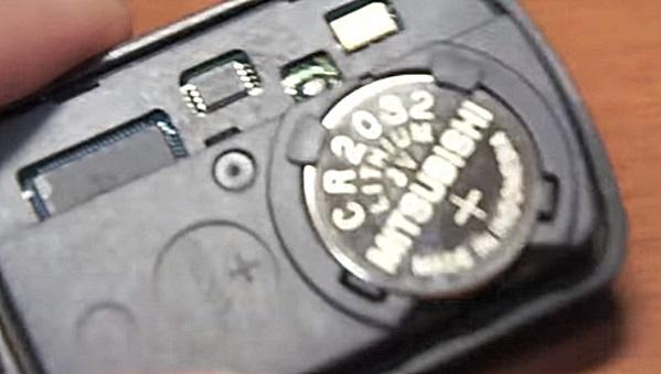 オデッセイの電池