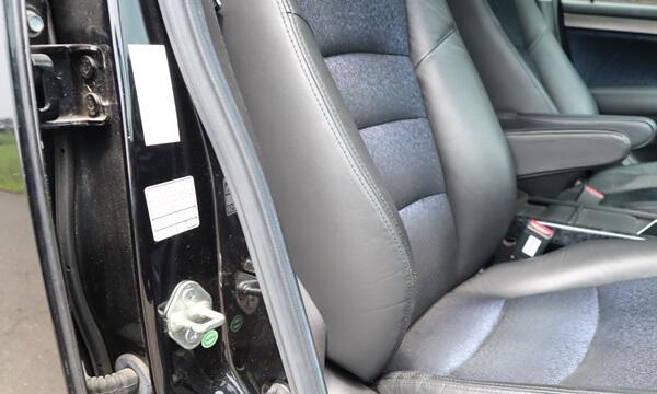 運転席のドアの開口部